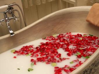 Молочная ванна Клеопатры для двоих