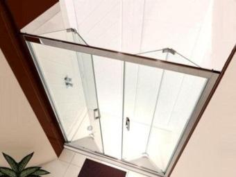 Складные стеклянные двери в душевой кабине