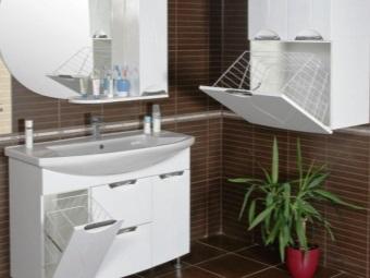 Раковина с тумбой и встраиваемой корзиной для белья в ванную