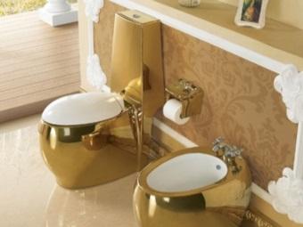 Унитазы с золотым покрытием