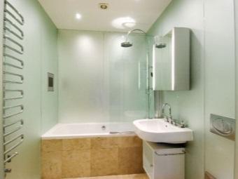 Экран под ванной из плитки и его особенности