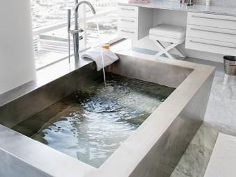 Монтаж металлической ванны