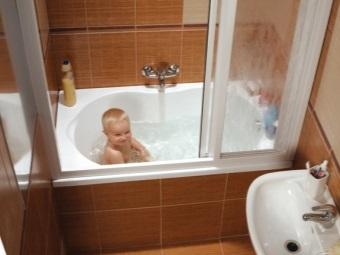 Советы по выбору пластиковых шторок для ванны