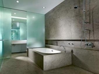 Изготовление стеклянных перегородок для ванной