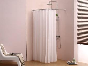 Преимущества угловой штанги для шторки в ванную комнату