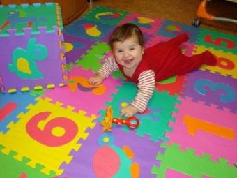 Детский коврик-палзы подходящий для ванной