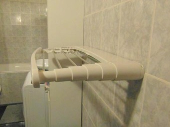 Пластиковые сушилки для белья в ванную комнату