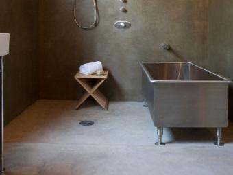 Ванны из металла на ножках
