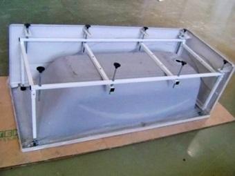 Каркас для ванны из железной профильной трубы