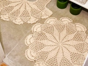 Материал для вязанного коврика в ванную и туалет