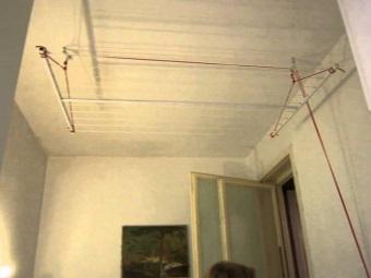 Размещение потолочной сушилки для белья в ванной
