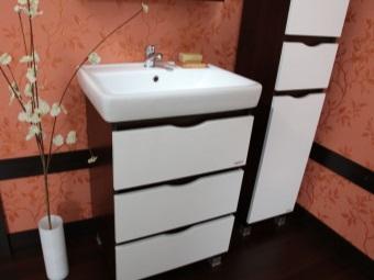 Мебель для ванной комнаты от торговой марки Бриклаер