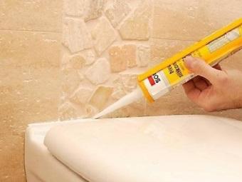 Особенности силиконового санитарного герметика для ванной комнаты