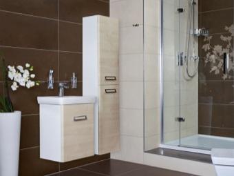 Шкаф-пенал для ванной комнаты и его достоинства