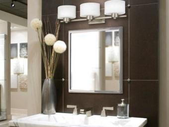 Светильник для зеркала в ванной