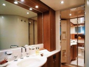 Размещение точечных влагозащищенных светильников в ванной