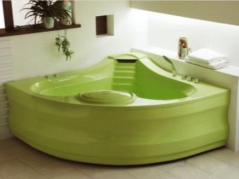 Ванна зеленого цвета