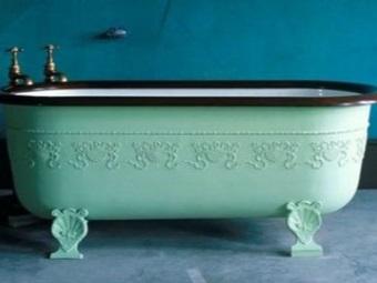 Цветная ванна из чугуна