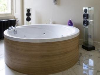 Акриловая круглая ванна