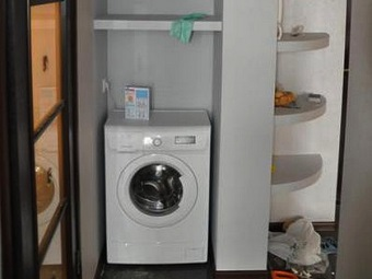 Расположение шкафа для стиральной машины в ванной