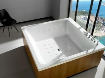 Объем воды для ванны нестандартной формы в виде квадрата