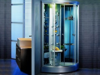 Душевая кабина для ванной комнаты