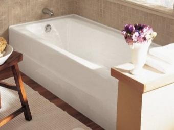 Ванна в небольшую ванную комнату