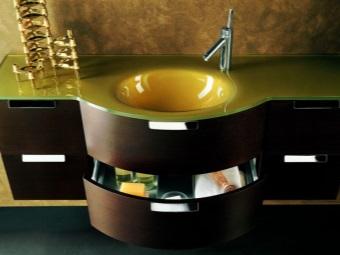 Подвесная тумба из темного МДФ с зеленой раковиной столешницей для ванной комнаты