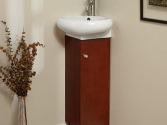 Миниатюрная угловая деревянная тумбы с умывальником в ванной