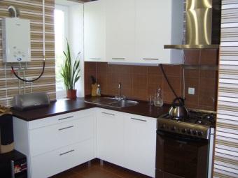 газовая колонка Bosch на кухне