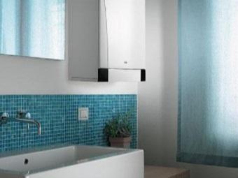 газовый водонагреватель в ванной