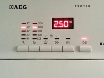 Панель управления стиральной машины AEG