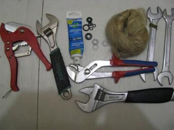Инструменты для монтажа бойлера