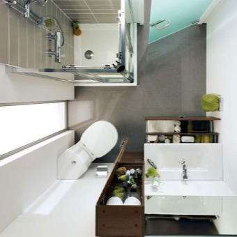 Дизайн ванной с угловым унитазом и бачком