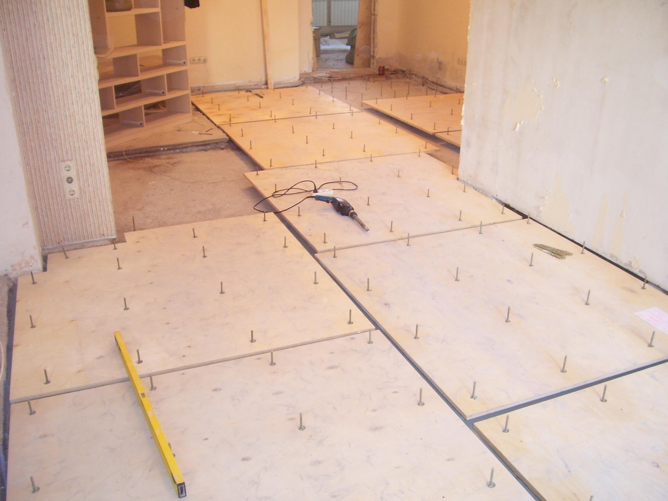 Drevená podlaha v kúpeľni
