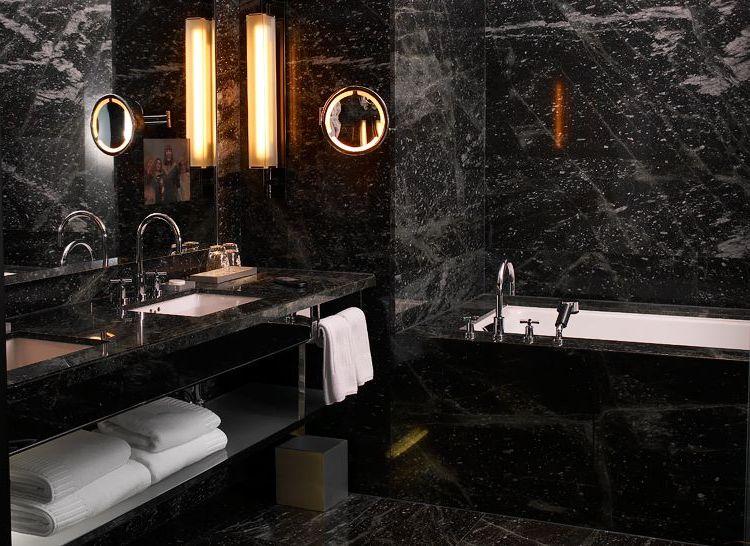 Чёрная плитка ванная комната фото