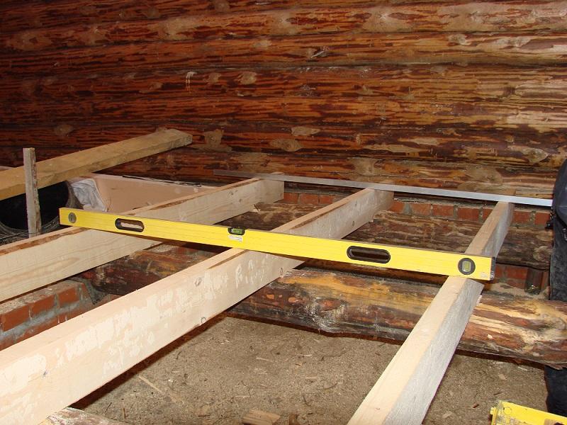Установка пола в деревянном доме своими руками