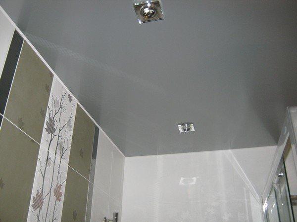 потолок в ванной комнате фото натяжной