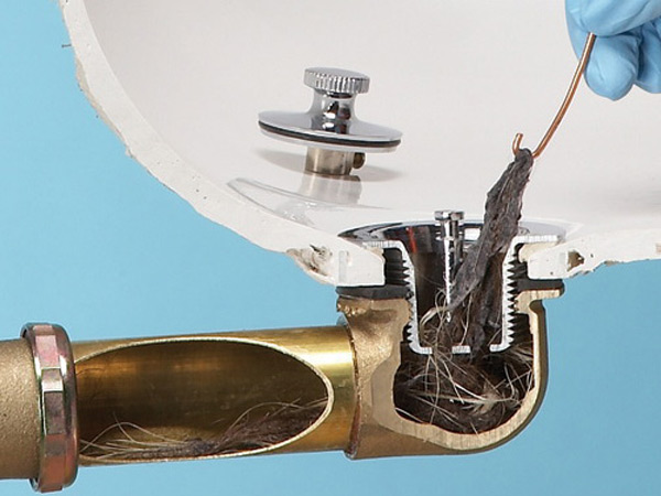 Устранение засора труб в домашних условиях