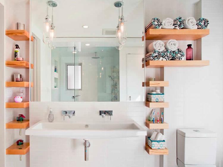 Полки в ванную комнату навесные