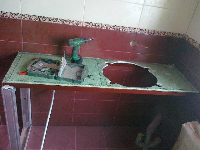 Стол под умывальник в ванную своими руками 73