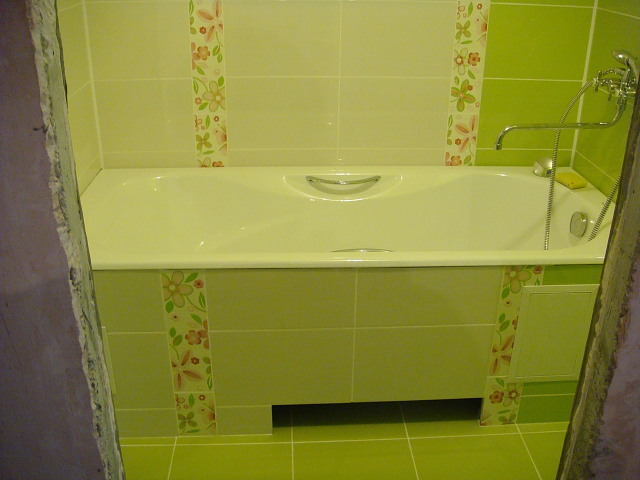 Экран из плитки для ванны своими руками