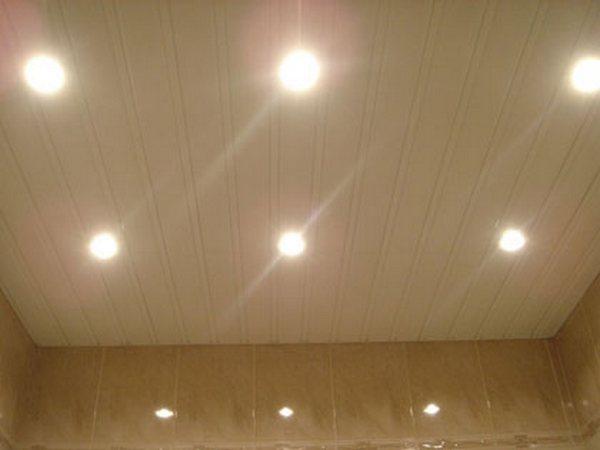 Подвесной потолок своими руками из панелей в ванной
