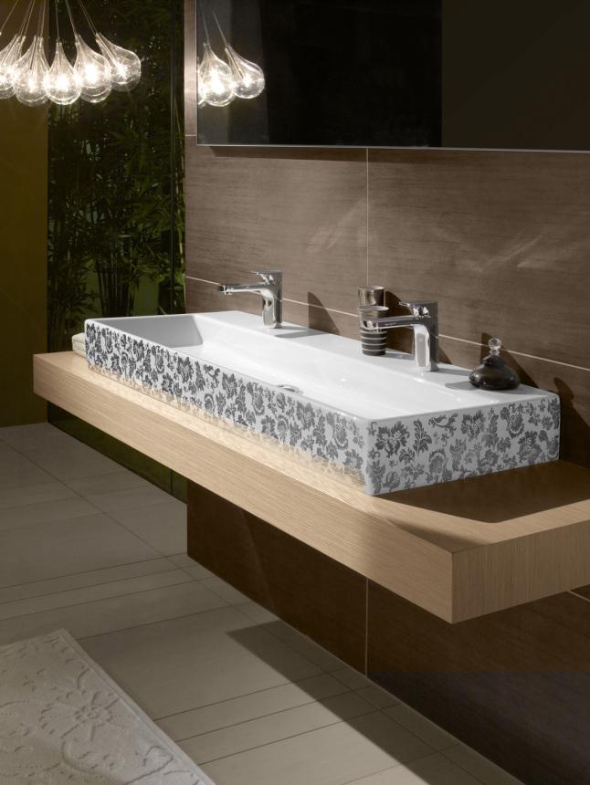 Сантехника к раковине в ванную Кронштейн для верхнего душа Wasserkraft A019