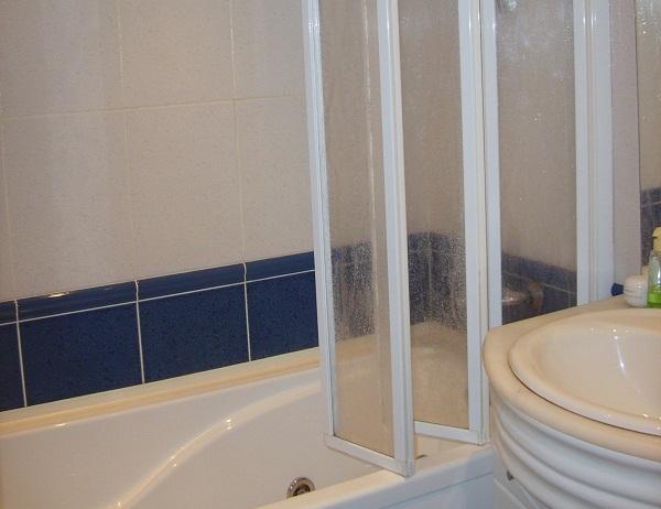 Пластиковые шторки для ванн своими руками