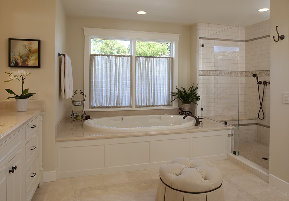 Ванные комнаты дизайн с окном