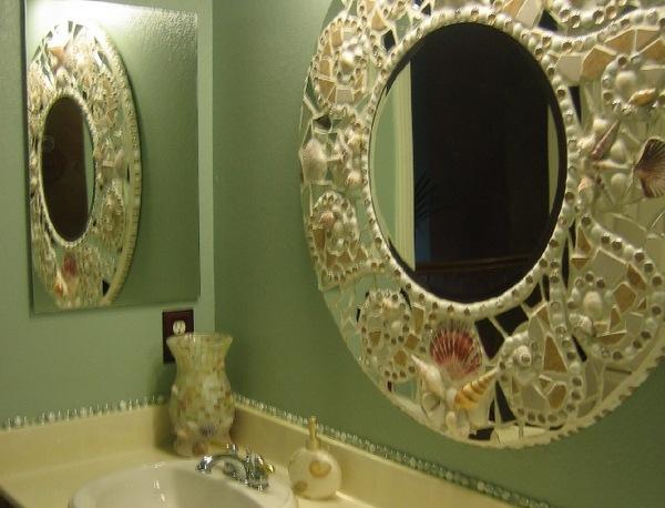 Оформить зеркало своими руками в ванну