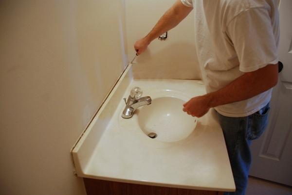 Подвесной пластиковый потолок в ванной комнате 85