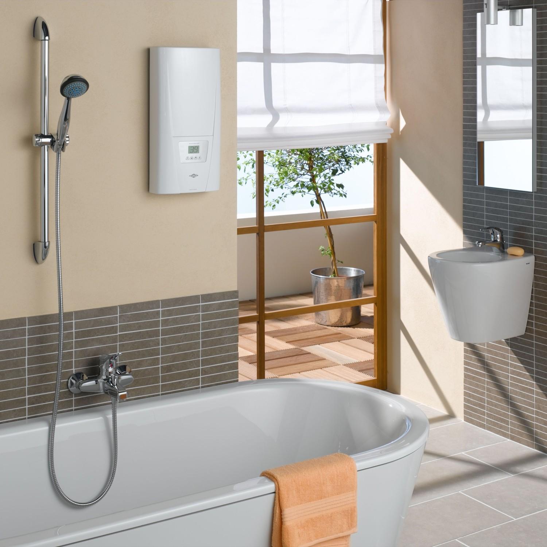 Картинки по запросу ванная с колонкой