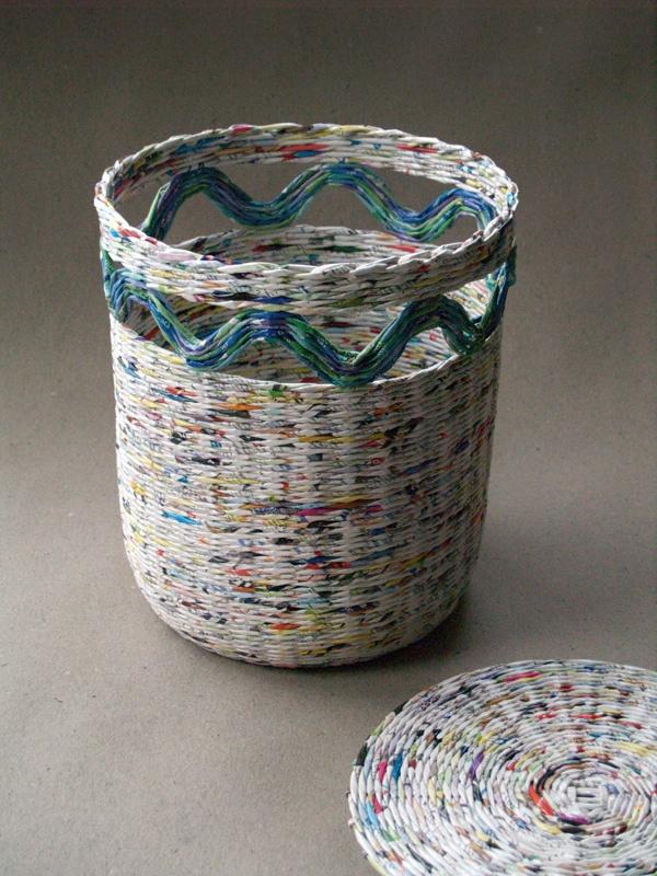 Плетение корзин из газетных трубочек пошагово для